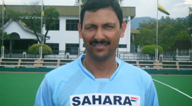 Harendra Singh happy to coach women's team