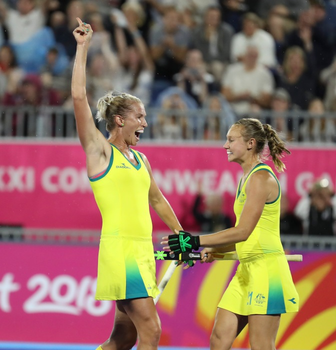 HOCKEYROOS BOUNCE INTO SEMI-FINALS IN TOP SPOT