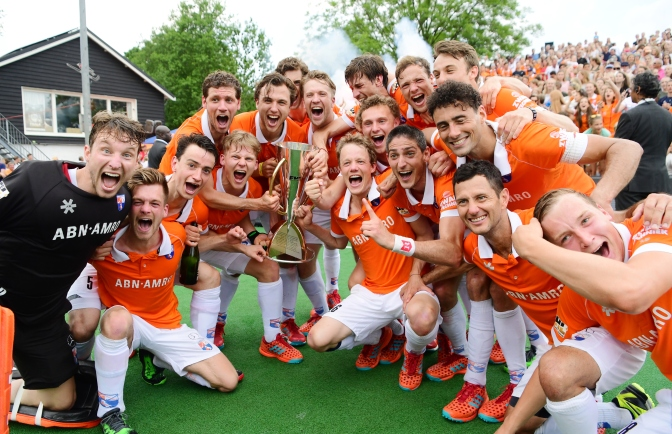Brilliant Bloemendaal take home third EHL crown with dramatic GRAND FINAL victory