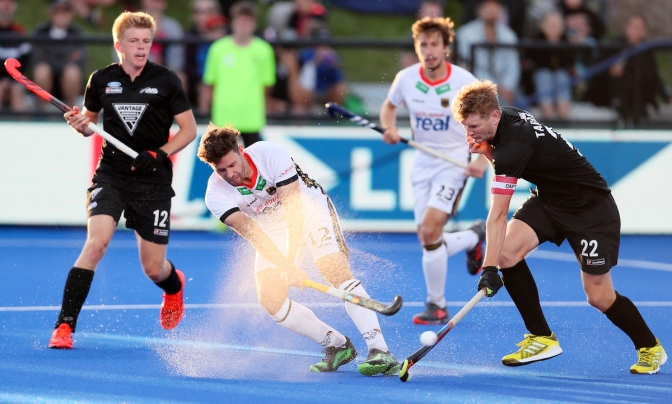 Germany teams win in New Zealand while Spain men produce epic fightback against Netherlands