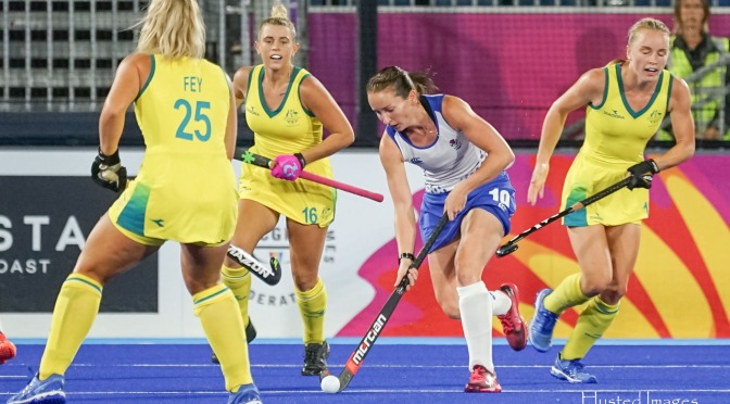 Nikki Alexander-Lloyd and Ali Howie retire from international hockey