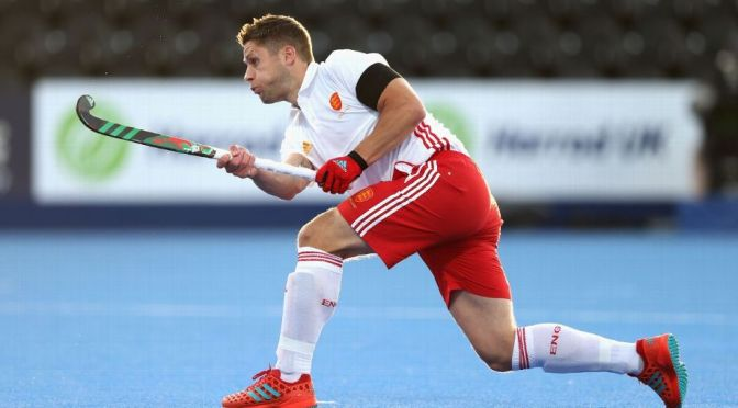 Holcombe new signing Mark Gleghorne rescues point for england