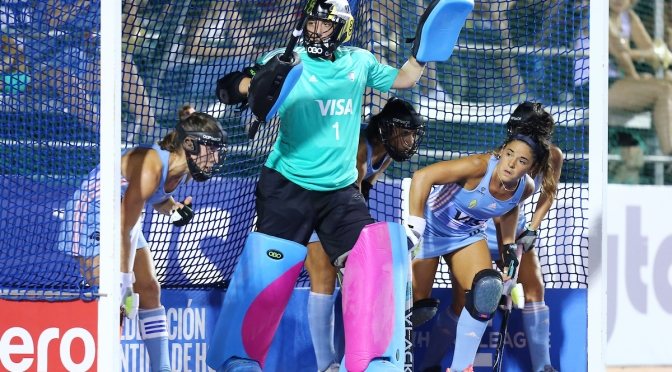 Netherlands women suffer first defeat at the hands of Las Leonas