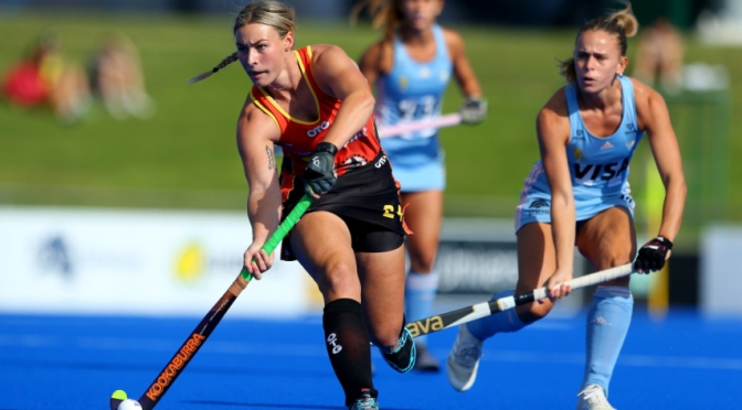 Resolute Argentina do the double on Hockeyroos